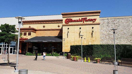 The Cheesecake Factory: 20180606_161439_large.jpg