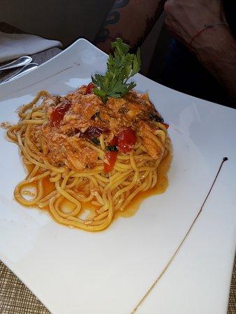 Ristorante Pizzeria Desenzanino: spaghetti col pesce di lago