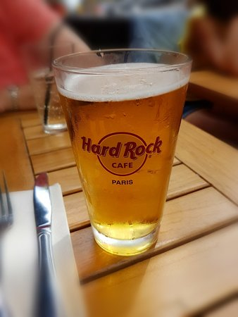 Hard Rock Cafe Paris: 2018-06-08-22-23-03_large.jpg