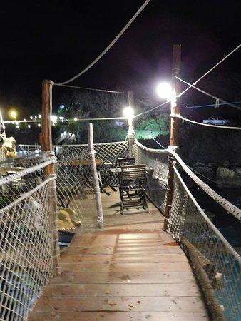 Trabocco Punta Cavalluccio : outdoor patio