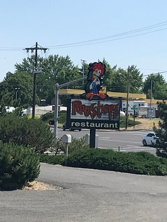 Roosters Country Kitchen Picture