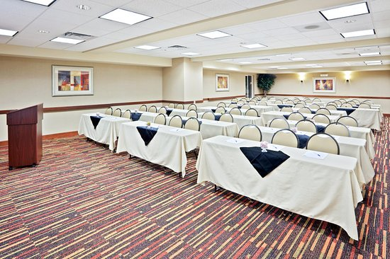 Sumner, วอชิงตัน: Ballroom