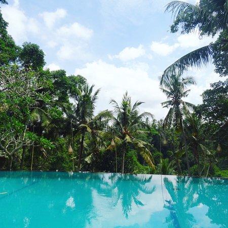 Fijn gelegen hotel mooi zwembad