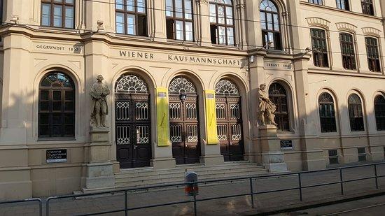 Handelsakademie Wiener Kaufmannschaft