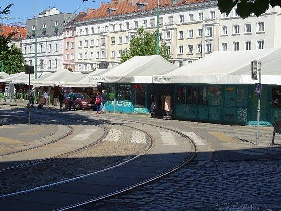 Targowisko na Placu Wielkopolskim
