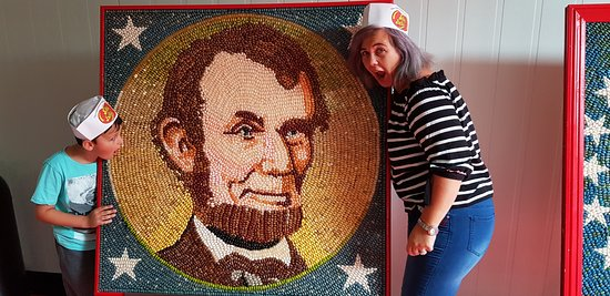 Jelly Belly Factory Tour: Eating the president