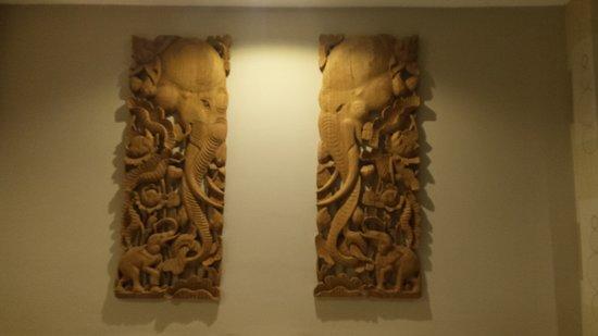 Suvarnabhumi Ville Airport Hotel: nice decor