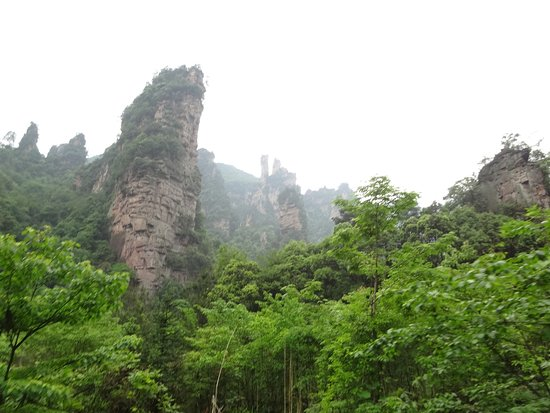 Zhangjiajie, China: トロッコ列車から見える風景です。
