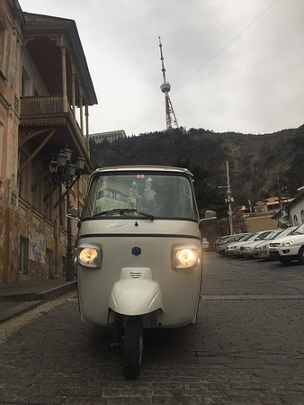 Old Tbilisi Tuk Tuk Tour