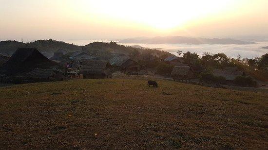 Phongsaly, Laos: 20180218_070459_large.jpg