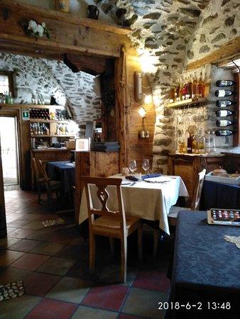 Terzolas, Italy: IMG_20180602_134850_large.jpg