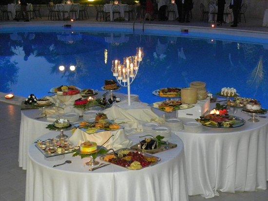I Giardini dell'Erbavoglio Sala Ricevimenti Sharing: Al tramonto, a bordo piscina...