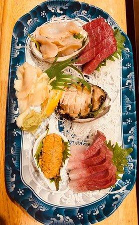 Akasaka Restaurant: Amaebi. Abalone.cool sapporo beer.
