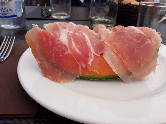 Edolo, อิตาลี: 1) Prosciutto crudo e melone