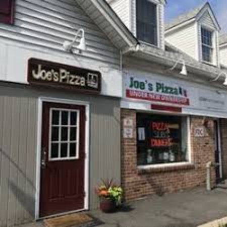 Martinsville, NJ: Joe's Pizza, a tradition since 1970.