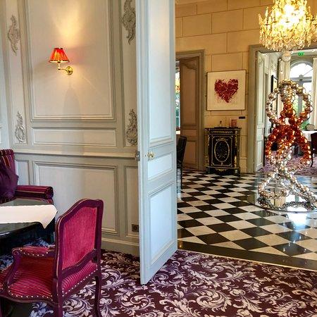 Le hall d\'entrée de La Grande Maison de Bernard Magrez - Picture of ...