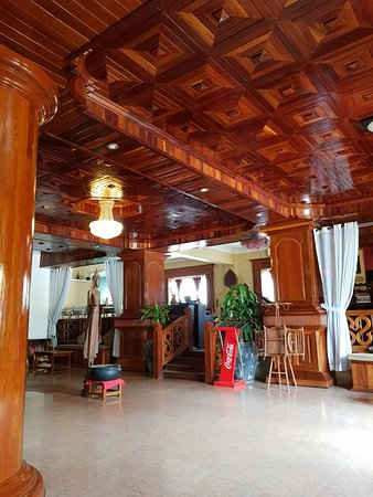 Angkor Pearl Hotel: entrance area