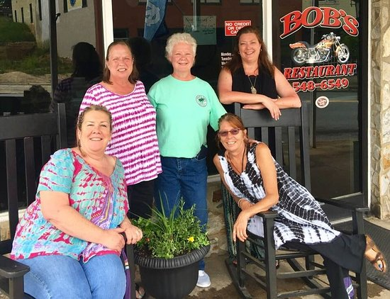 Madison, NC: Breakfast with friends at Bob's