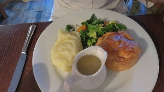 Rotherfield Greys, UK: Local pie