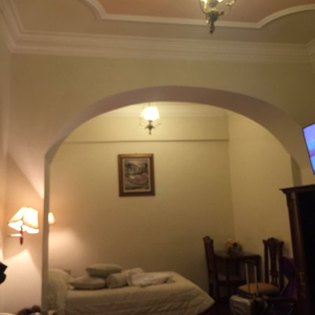 El Hotel de Su Merced: photo1.jpg