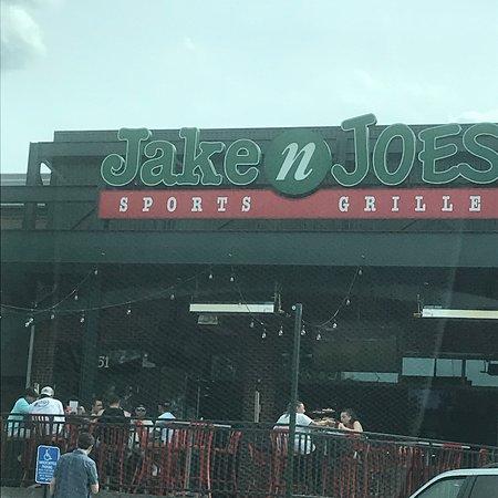 Jake N Joe's