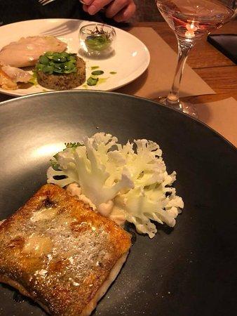LavkaLavka Farm-to-table Restaurant: треска с цветной капустой