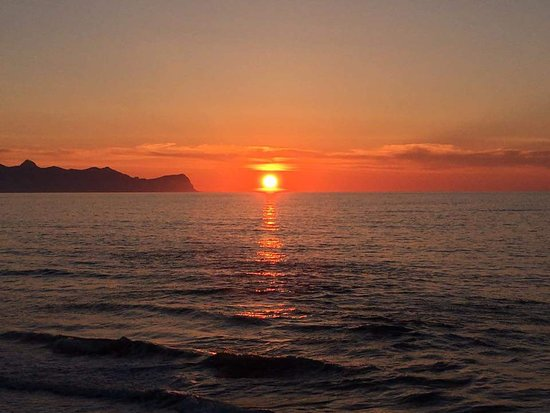 questo il nostro tramonto mozzafiato della baia Ciammarita Trappeto