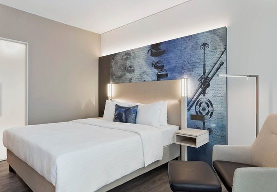 Garching bei Munchen, Germany: Guest room