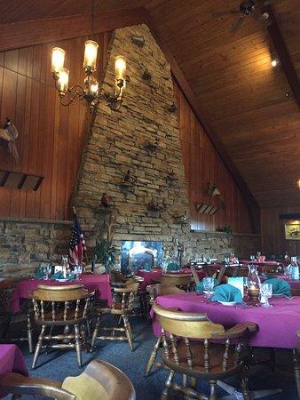 Duck Inn Supper Club: impressive fireplace