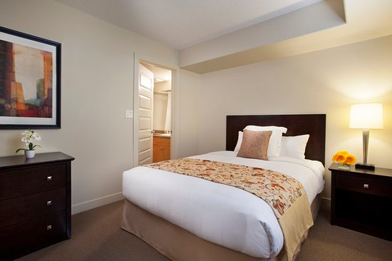 clearwater residence hotel timberlea updated prices. Black Bedroom Furniture Sets. Home Design Ideas