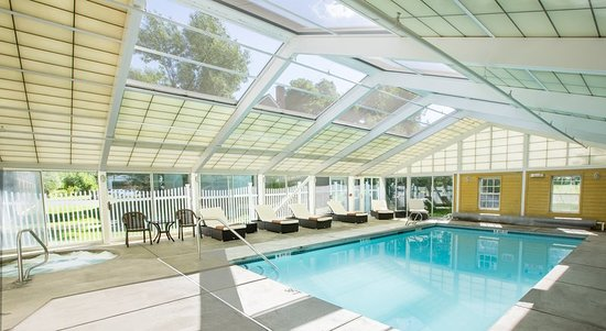 Lenox, MA: Pool