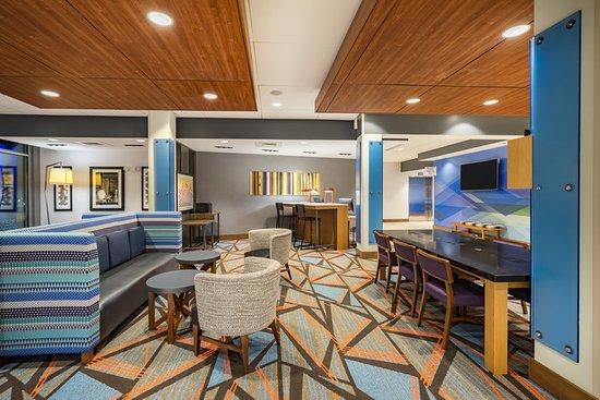 Holiday Inn Express Amp Suites Greenville Se