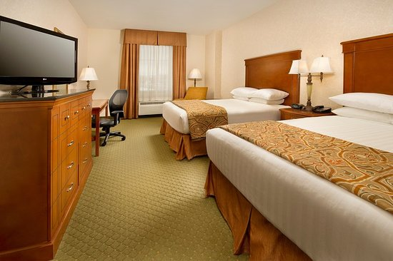 Arnold, MO: Guest room