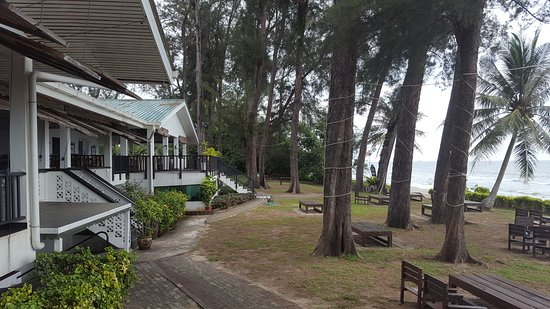 Piasau Boat Club: Exterior of club