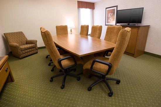 Pear Tree Inn Rolla: Meeting room