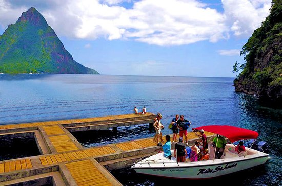 28' Speedboat Pitons Tour with Mud