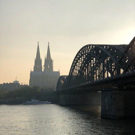 Hohenzollern Bridge ภาพถ่าย