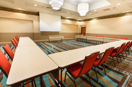 Drury Inn & Suites Dayton North: Meeting room