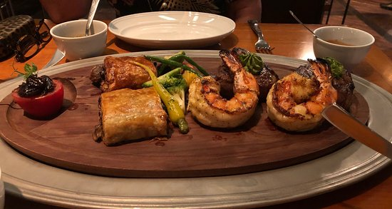 Butcher & Still: Look at those prawns hiding the steak!