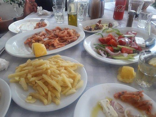 Ampelas, اليونان: 20180608_193535_large.jpg
