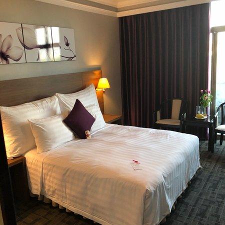 Lake Side Hotel: photo0.jpg