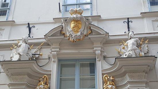 Palais Orsini-Rosenberg