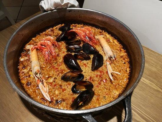 La Mar Salada: Paella
