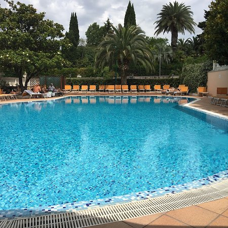 Rome Hotels with a pool - Grand Hotel Gianicolo