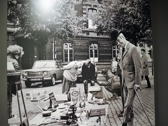Musée Hergé : Hergé op de rommelmarkt