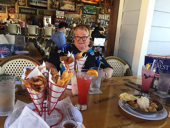 Bubba Gump Shrimp Co: The Impressive looking prawn dish