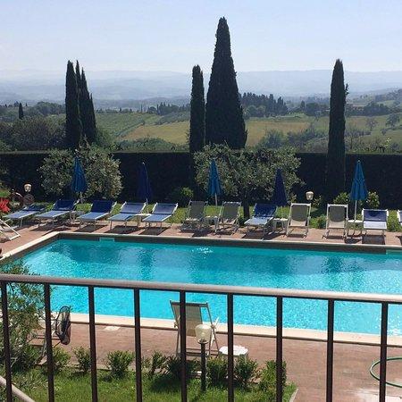 Il Casale del Cotone: Pool und tolle Aussicht