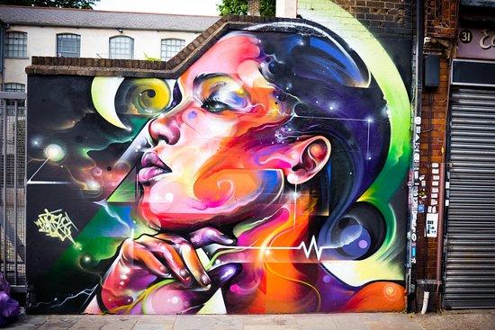 Shoreditch Street Art Tours: Neon Mural