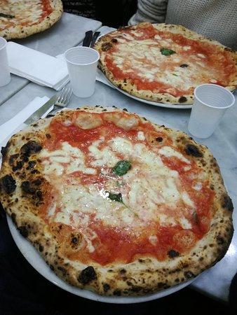 L'Antica Pizzeria da Michele: IMG_20180327_132126_large.jpg