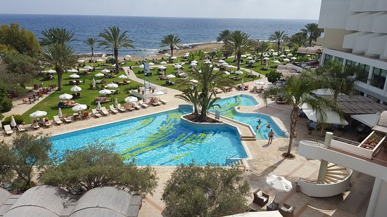 Constantinou Bros Athena Royal Beach Hotel: View from room 2209
